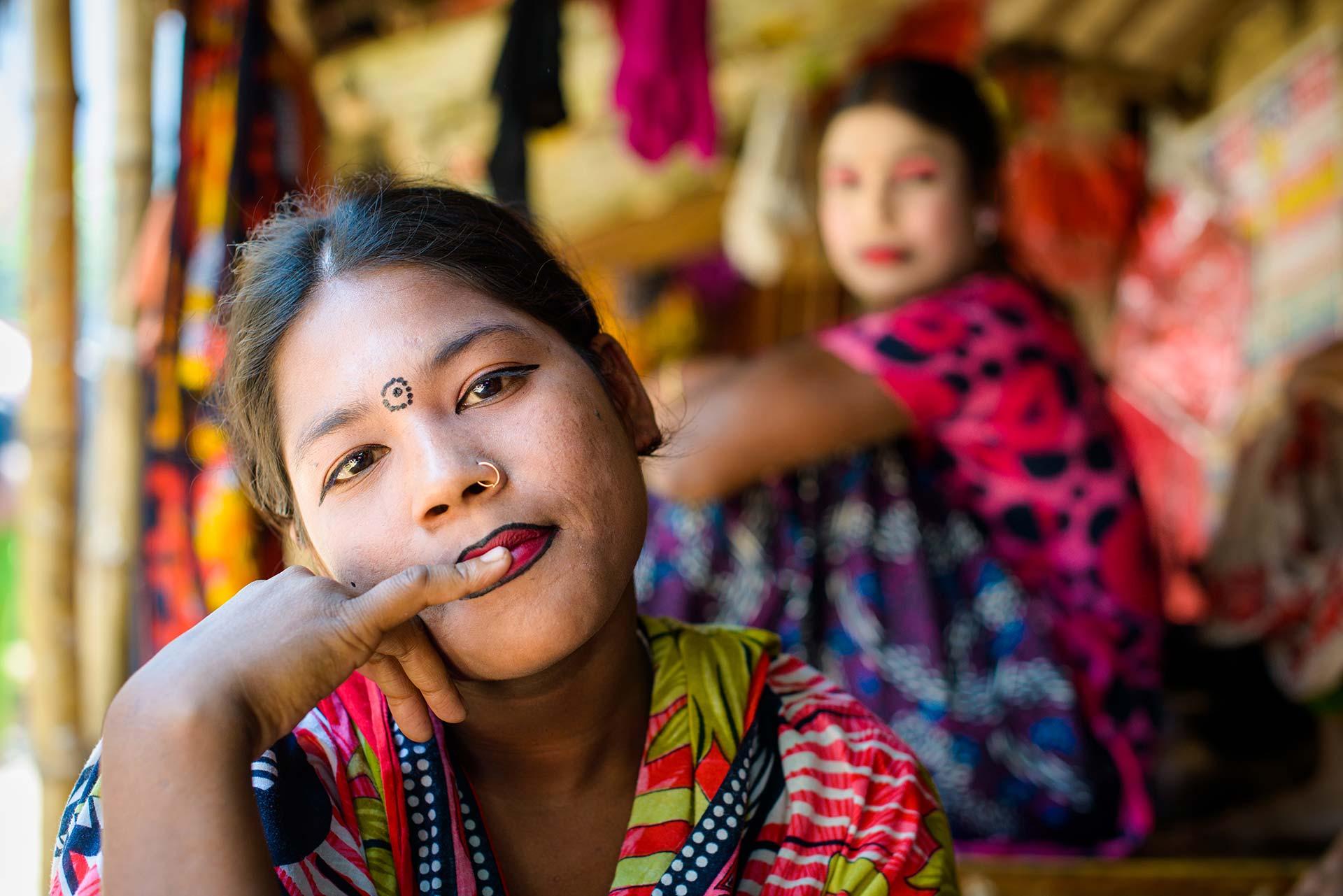 Adult Guide in Jessore