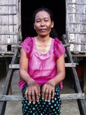 Savoeun's mother, now calm